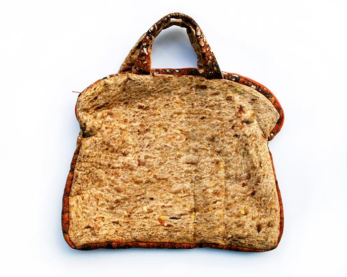 http://jenliujenliu.com/Files/gimgs/th-5_BreadBagClosed.jpg