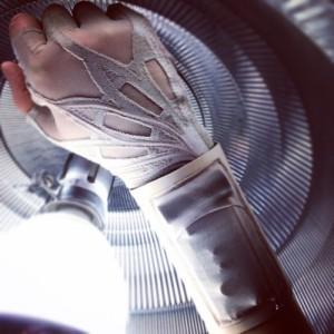 freire_glove